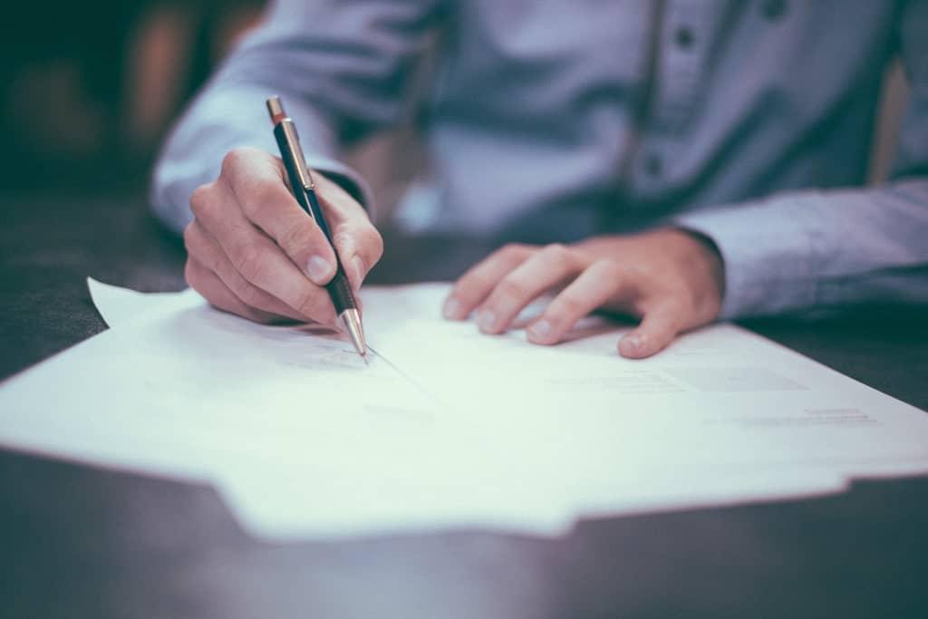 Cara Menjadi Copywriter, Penulis Mahal dengan Bayaran Tinggi